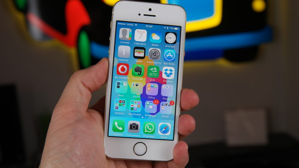 apple-iphone-se-la-recensione