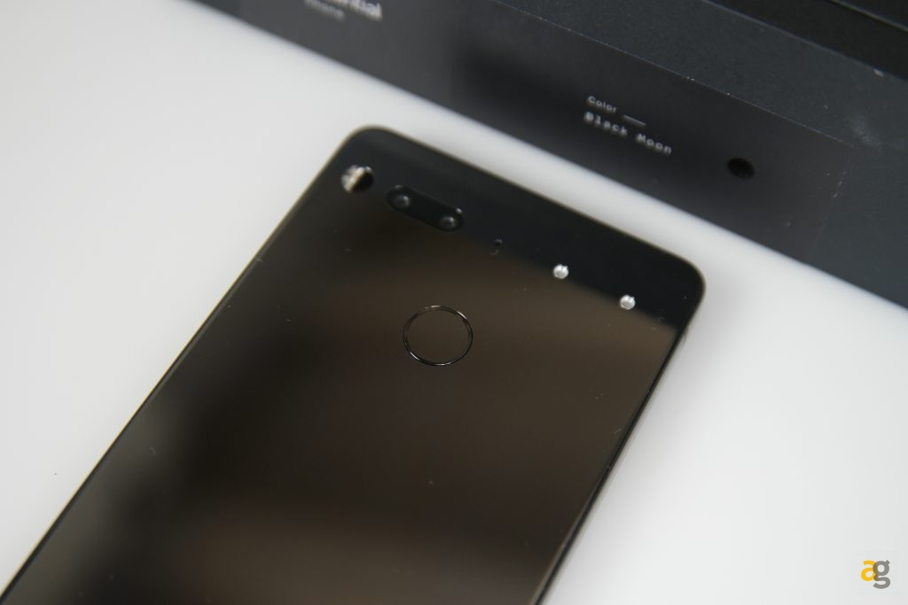 recensione-essential-phone-ph1