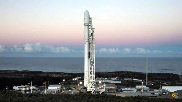 spacex-iridium-falcon-9-elon-musk-vandenberg-launch-2017