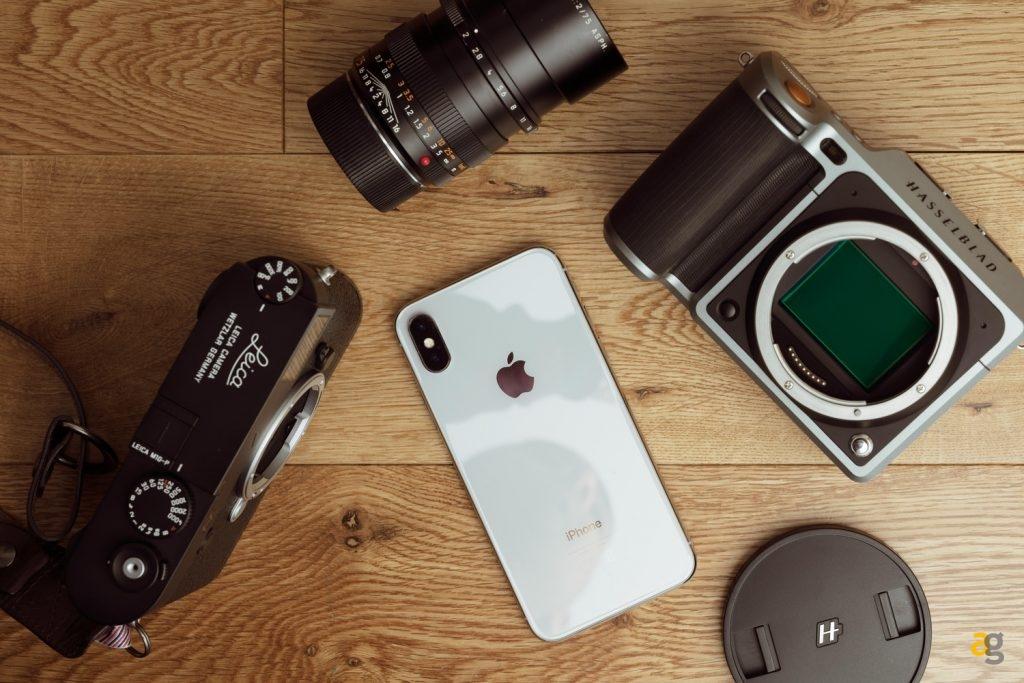 smartphones-replace-full-frame-cameras-fstoppers-hsselblad-medium-format-leica-usman-dawood-2018